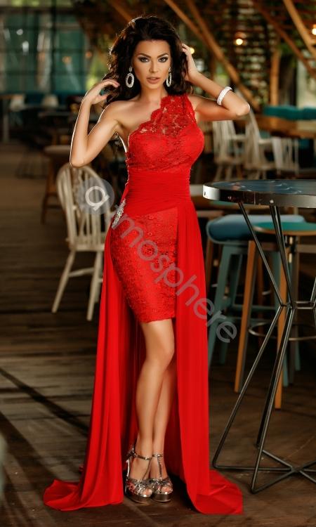 rochie-scurta-rosie-din-dantela-cu-trena-10